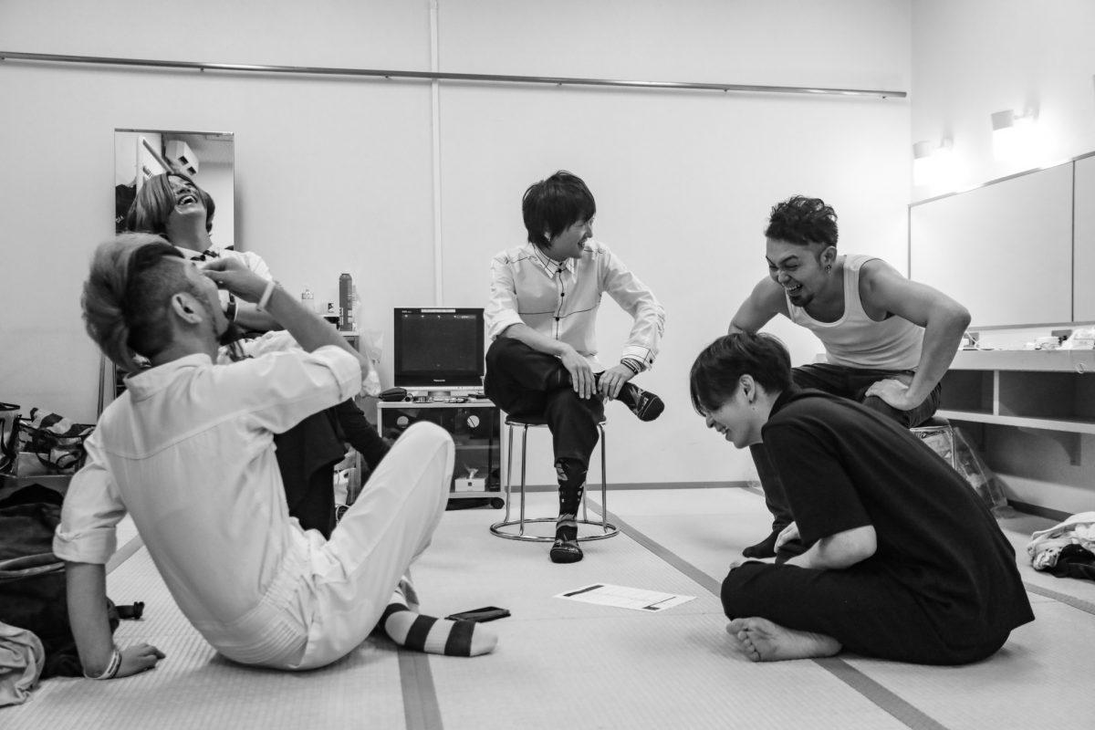 1月11日(土)最新LIVE DVD「変現自在と猟虎六景」発売決定!